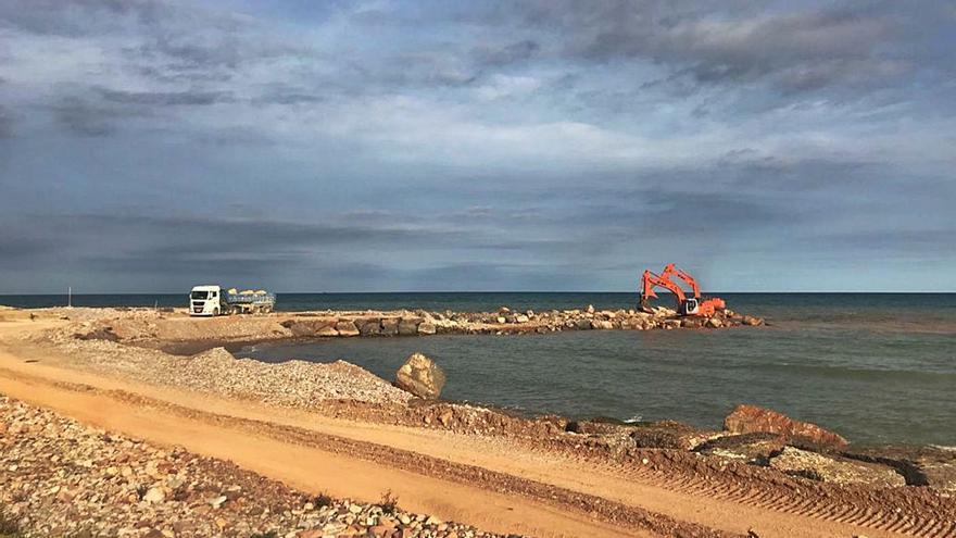 Las obras de los espigones de Almenara abren nuevos frentes en Sagunt