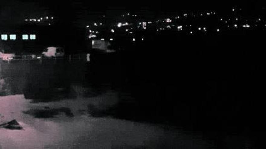 El muelle de Aldán vuelve a apagarse