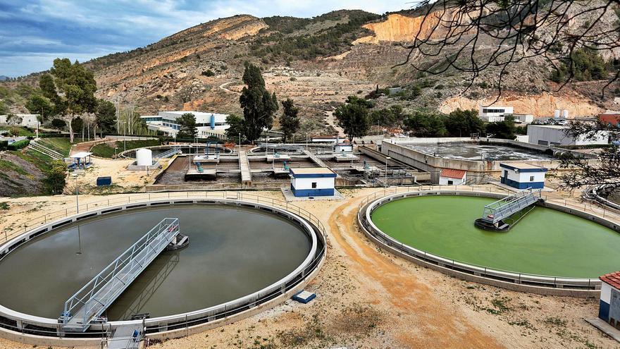 Benidorm exige a la EPSAR la ejecución de las obras pendientes en la depuradora
