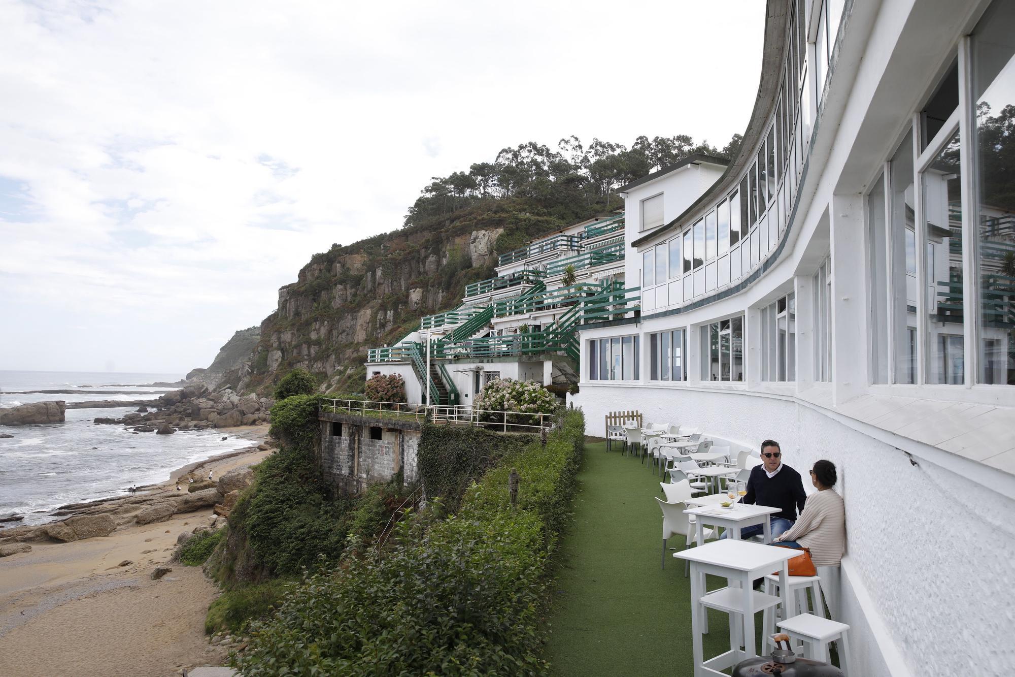 """Así se vive día a día en los apartamentos de la playa de Estaño, """"un pequeño paraíso"""""""