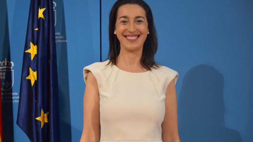 La portavoz del PP, Nuria Fuentes, abandona el partido