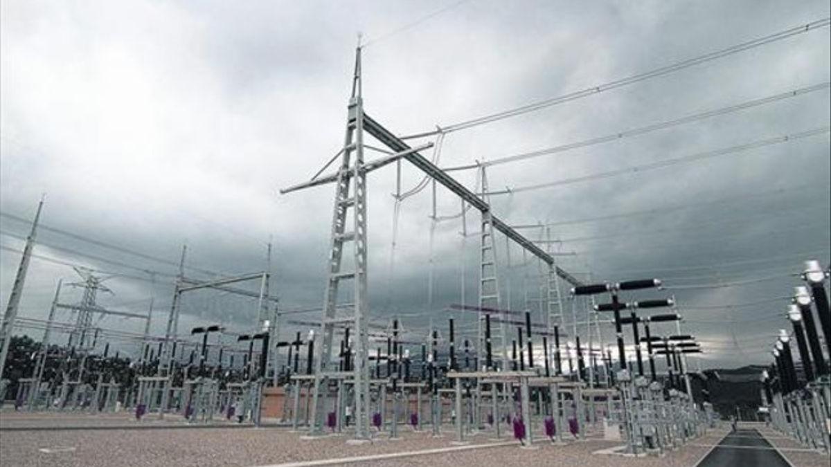 Subestació de subministrament d'electricitat, propietat de Red Eléctrica, a Bescanó