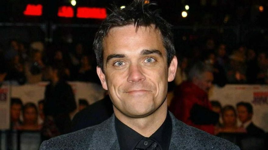 Robbie Williams se desnuda para felicitar la Navidad