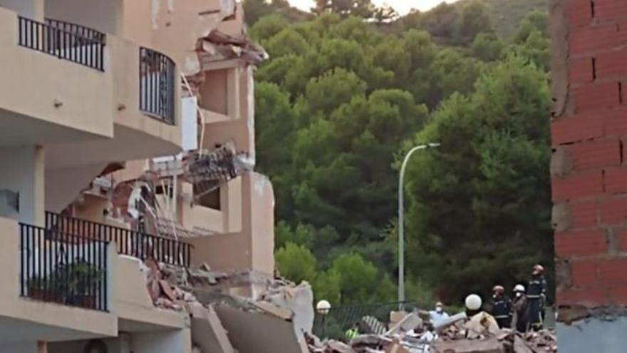 Personas atrapadas en el derrumbe de un edificio de tres plantas en Peñíscola