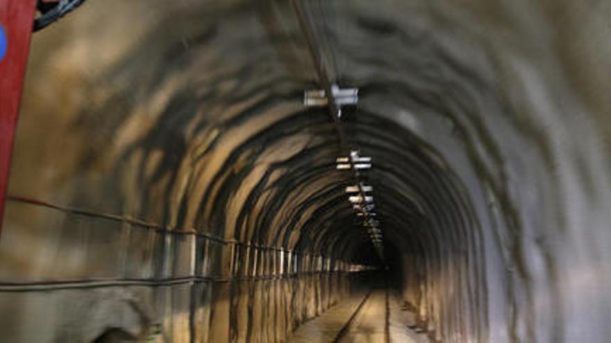 Restablert el servei ferroviari de la R3 entre Puigcerdà i Ribes de Freser un cop reobert el túnel de Toses
