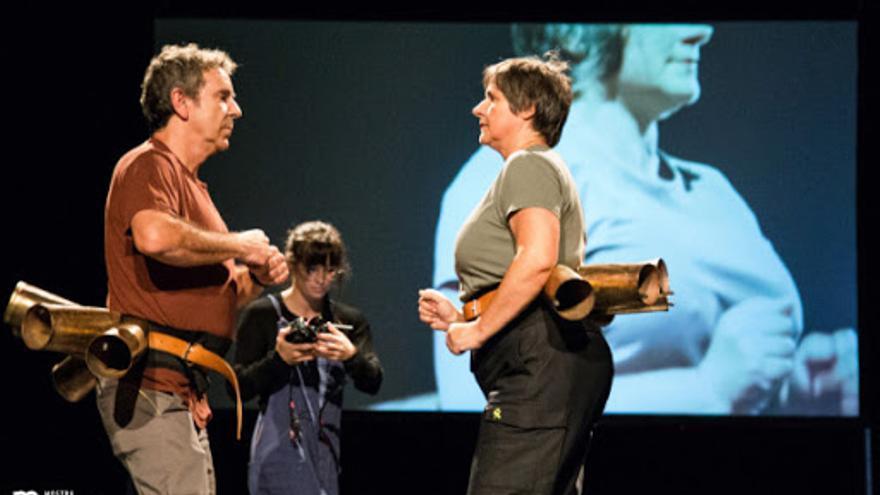 La compañía Chévere se estrena en el Cuyás con la obra 'Curva España'
