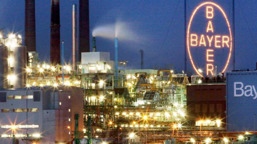Bayer compra Monsanto por 66.000 millones de dólares