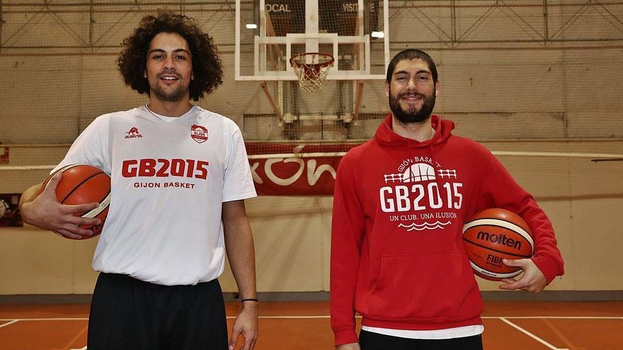 El naviego y el gijonés que la rompen en el baloncesto asturiano