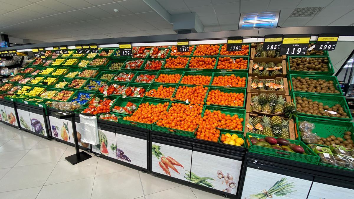 Frutas en un supermercado.