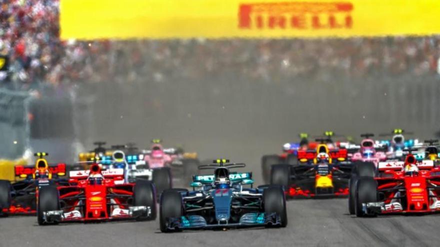 Bottas sorprèn a Sotxi i Vettel referma el seu liderat