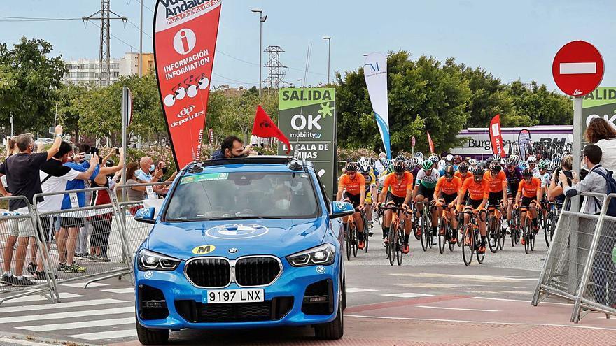 Mijas, kilómetro 0 de una Vuelta a Andalucía que corona a Gonzalo Serrano como primer líder