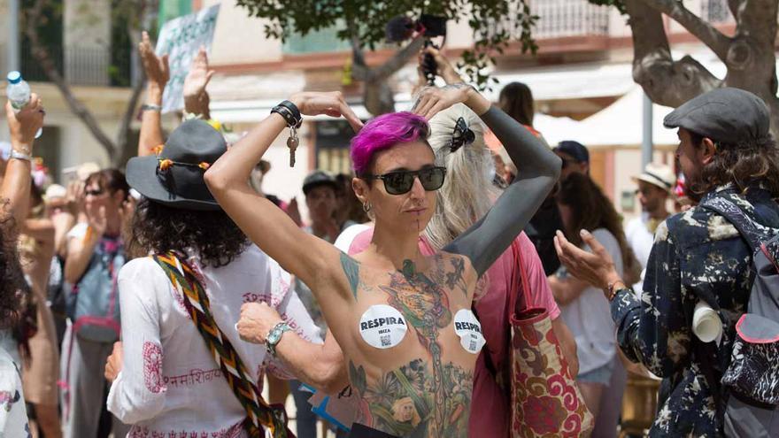 Manifestación en Ibiza contra las restricciones: «No niego el virus, pero no se pueden vulnerar derechos fundamentales»