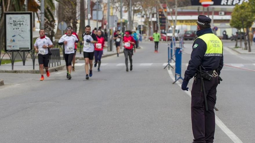 Más de 400 personas formarán el dispositivo de seguridad de la Media Maratón de Lucena
