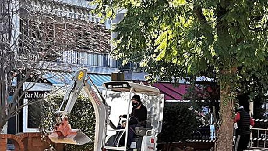 Almussafes reforma el parque Central para evitar encharcamientos de agua