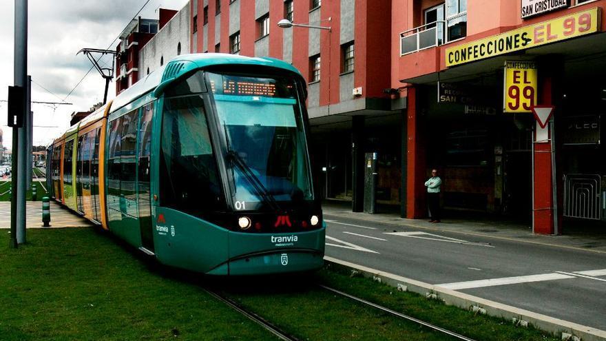 Las obras de cambio de raíles del tranvía comienzan este lunes en Cruz de Piedra