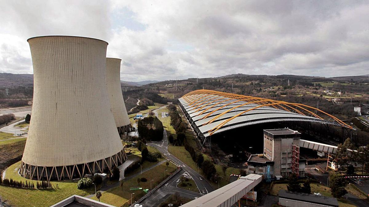 Central térmica de carbón de Endesa en As Pontes.     // KIKO DELGADO