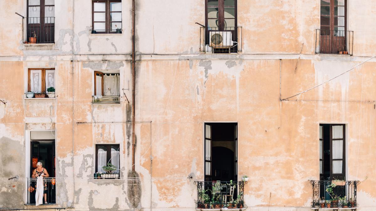 La rehabilitación de viviendas permite racionalizar el uso del suelo no edificado.
