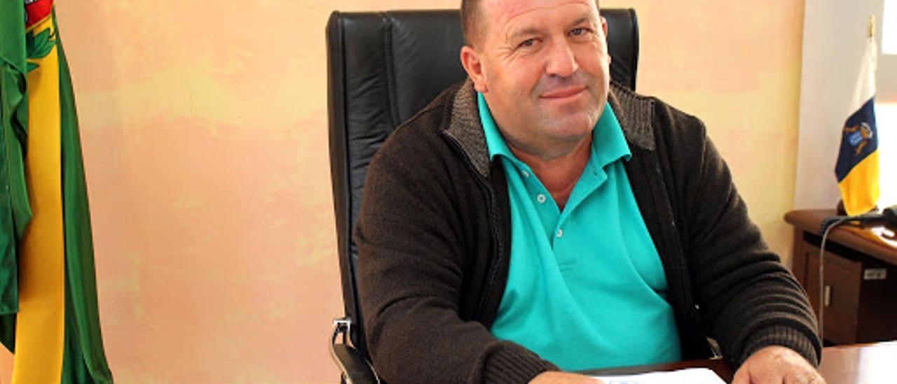 El alcalde de Antigua, Matías Peña
