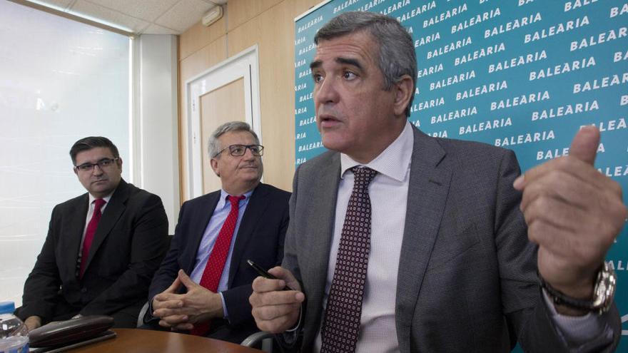 El presidente de Baleària recibe el premio Forinvest por su trayectoria