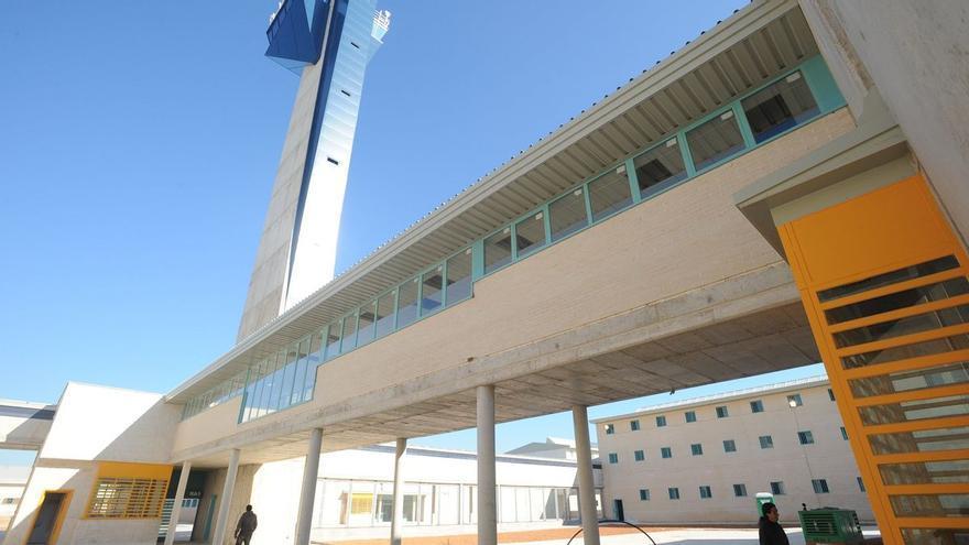 Muere un preso en la cárcel de Castellón tras prender fuego a su propia celda