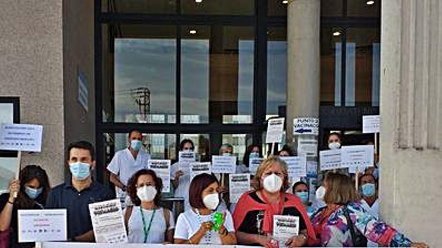 Nueva protesta de sanitarios de Atención Primaria de A Coruña ante la falta de personal