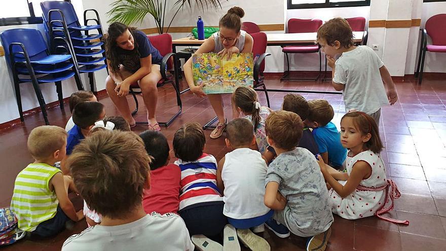 Más de un centenar de niños en la capital comienzan su 'cole' estival