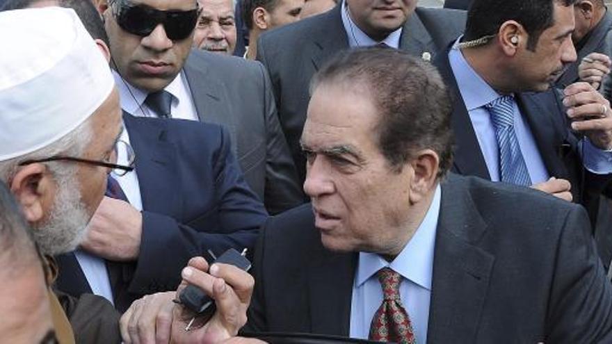 El primer ministro asume su responsabilidad en Port Said