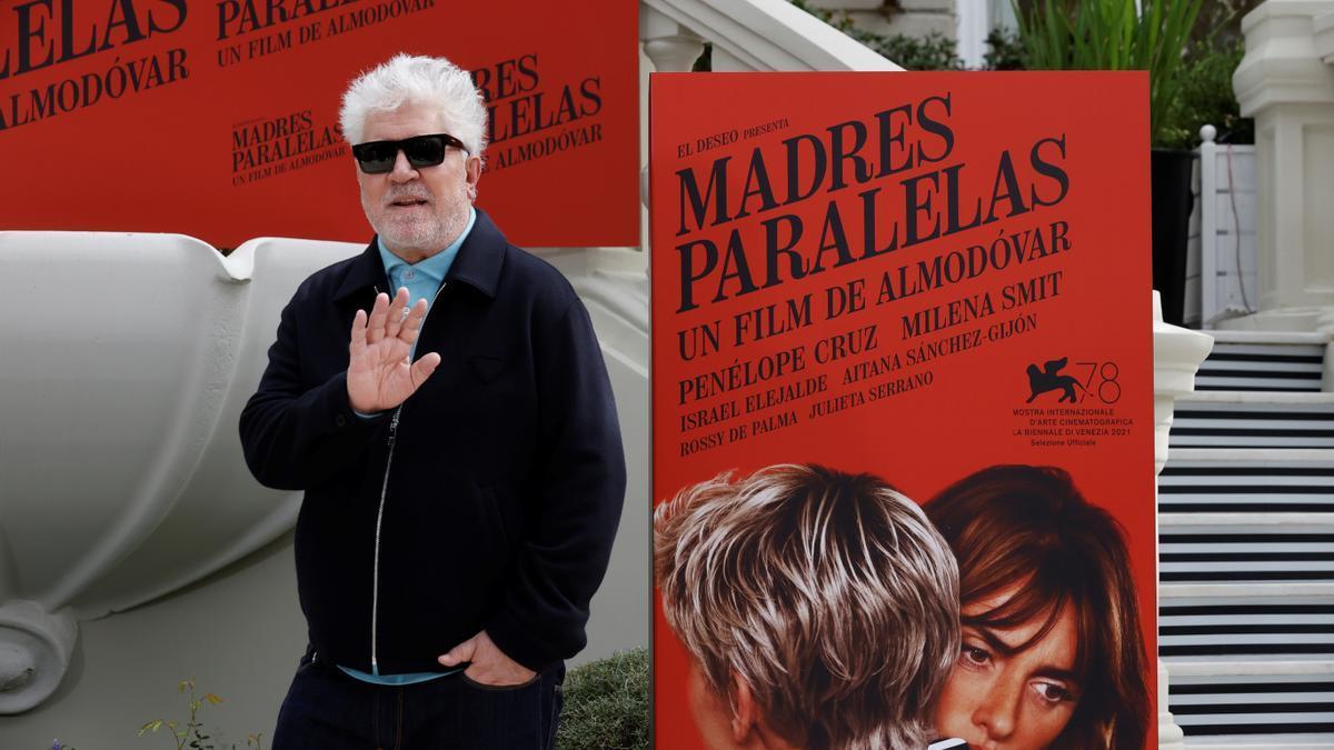 Pedro Almodóvar presenta 'Madres paralelas'.