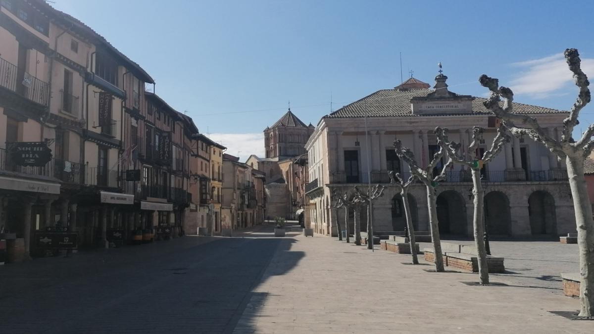 Vista general del Ayuntamiento de Toro.