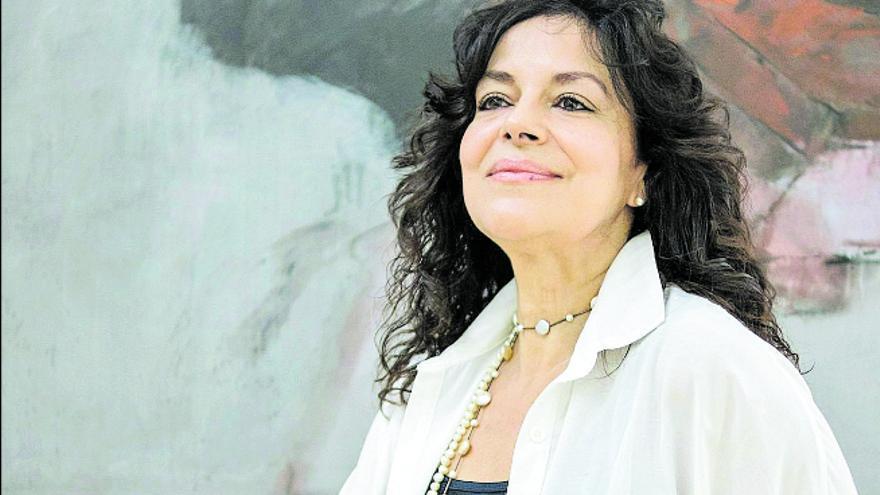 Nancy Fabiola Herrera: «La ópera te mantiene en el borde de la silla desde la primera nota»