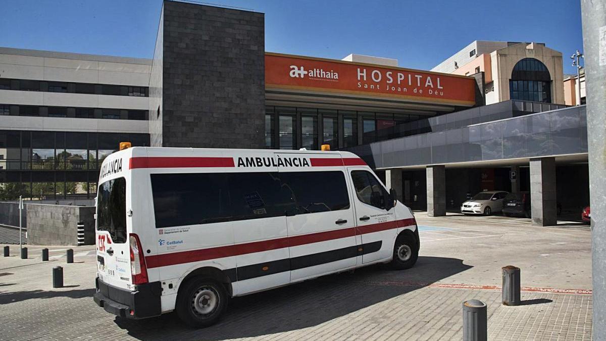Imatge d'arxiu de transport sanitari a Manresa