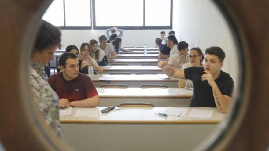 ¿Qué normas deben cumplir los estudiantes en Selectividad?