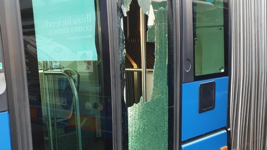 Busfahrer-Streik in Palma: Jetzt fliegen Steine und Eier