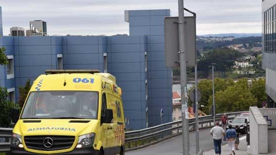 Pontevedra y A Coruña lideran el descenso de casos activos, mientras Ourense sigue con su escalada