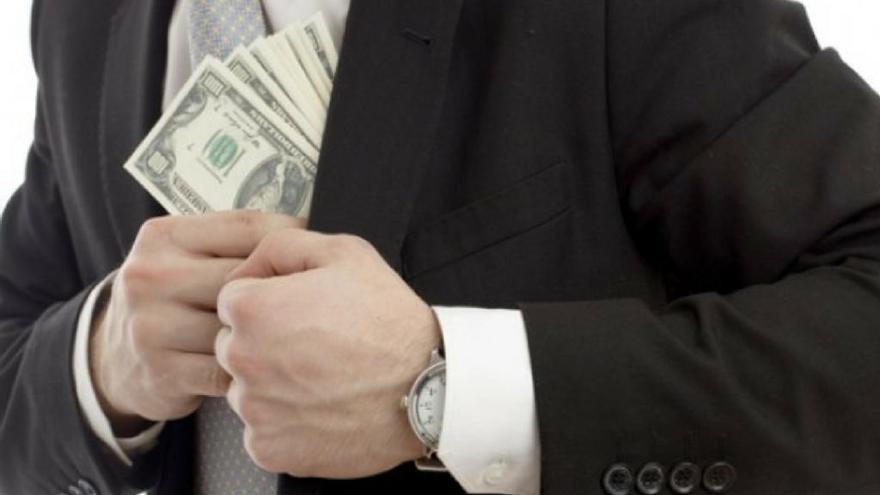A juicio por estafar 2,7 millones euros al banco