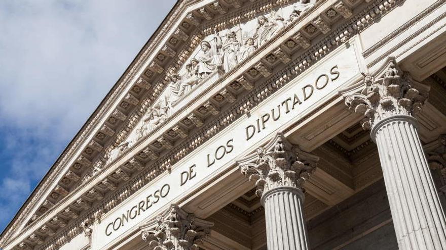 El nuevo código ético obligará a diputados y senadores a acatar la Constitución