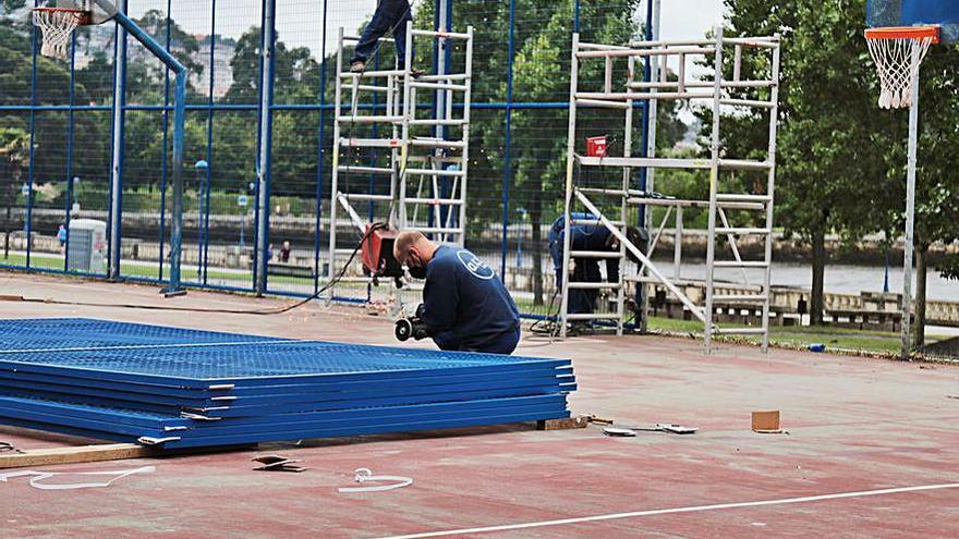 Culleredo inicia los trabajos de renovación de las pistas polideportivas de O Burgo