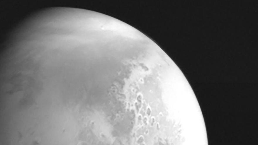 La sonda china Tianwen envía su primera foto de Marte