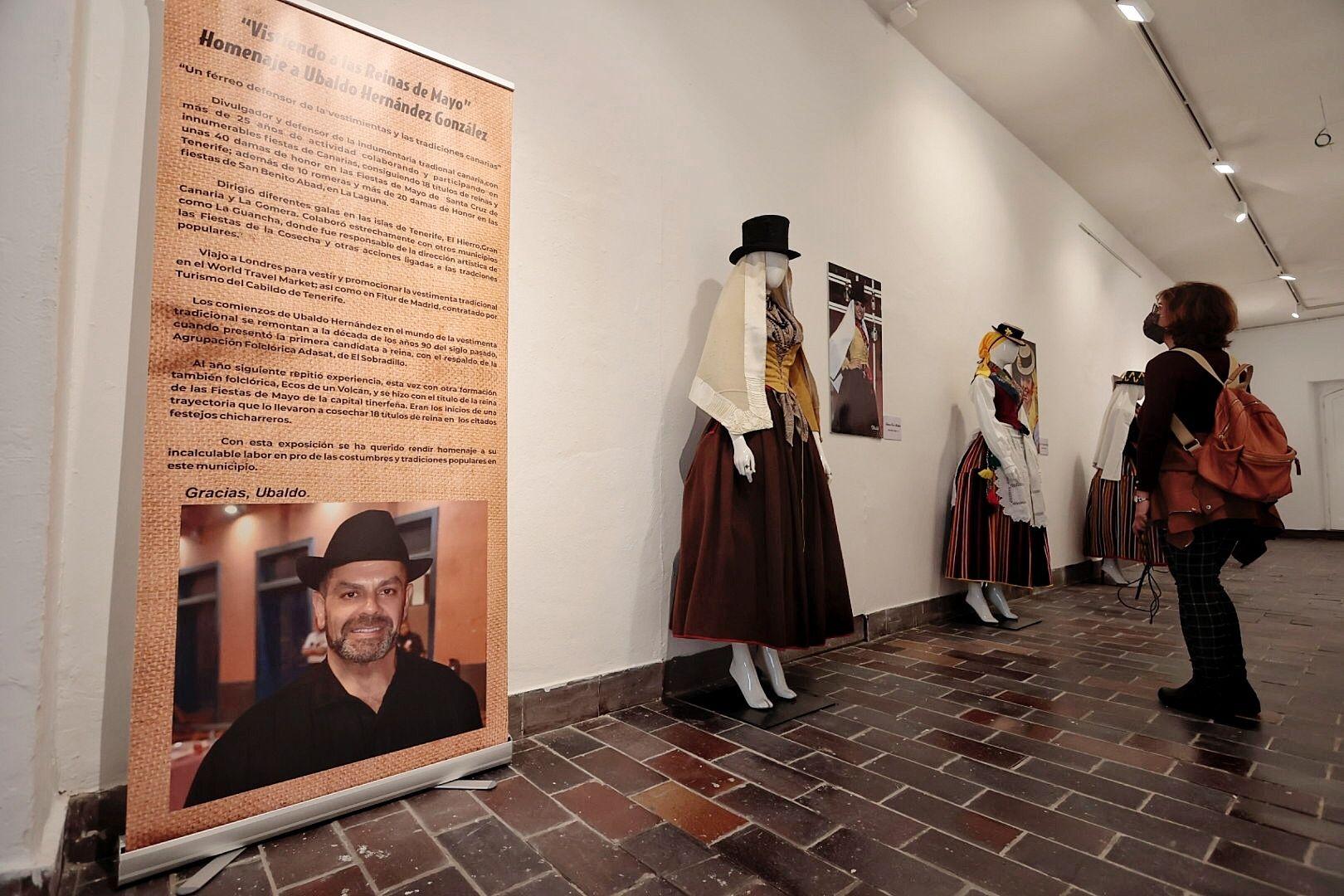 Inauguración de la exposición de Ubaldo Hernández