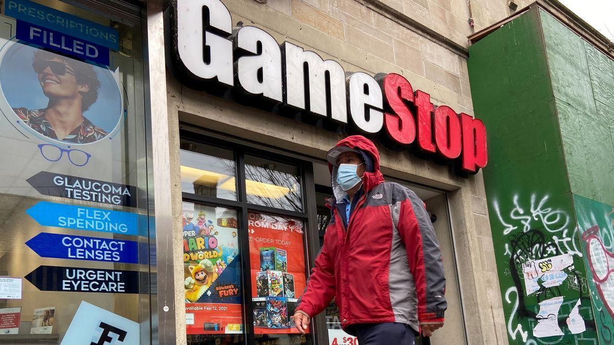 """La 'app' Robinhood desbloquea las compras de GameStop de forma """"limitada"""""""