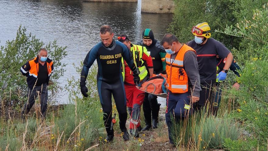 Recuperan el cuerpo de un hombre en el embalse de Leboreiro