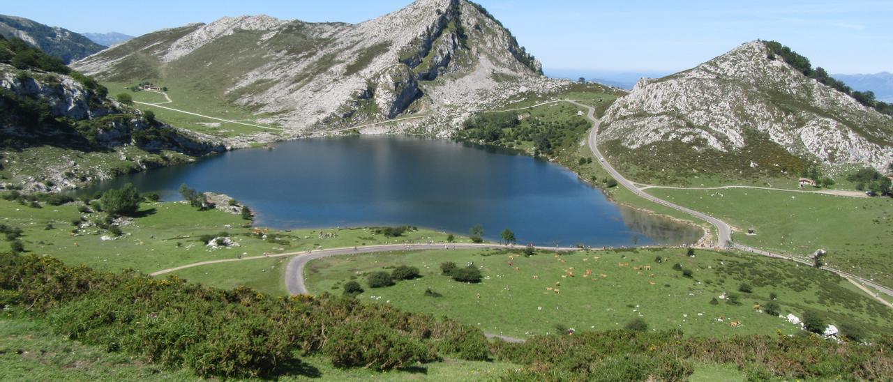 Paisaje de los Lagos de Covadonga.