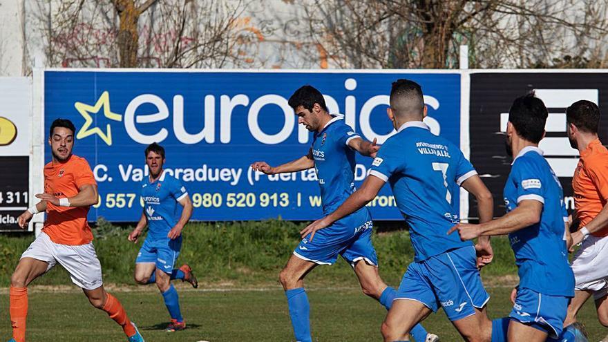 Vila da una importante victoria al Villaralbo