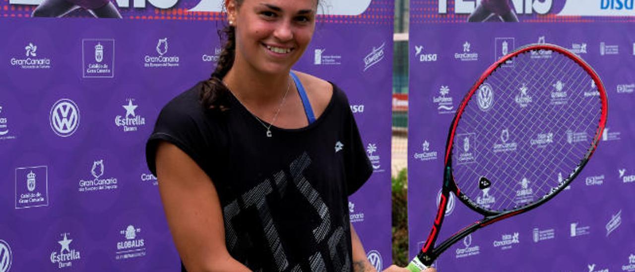 Cristiana Ferrando, tenista italiana.
