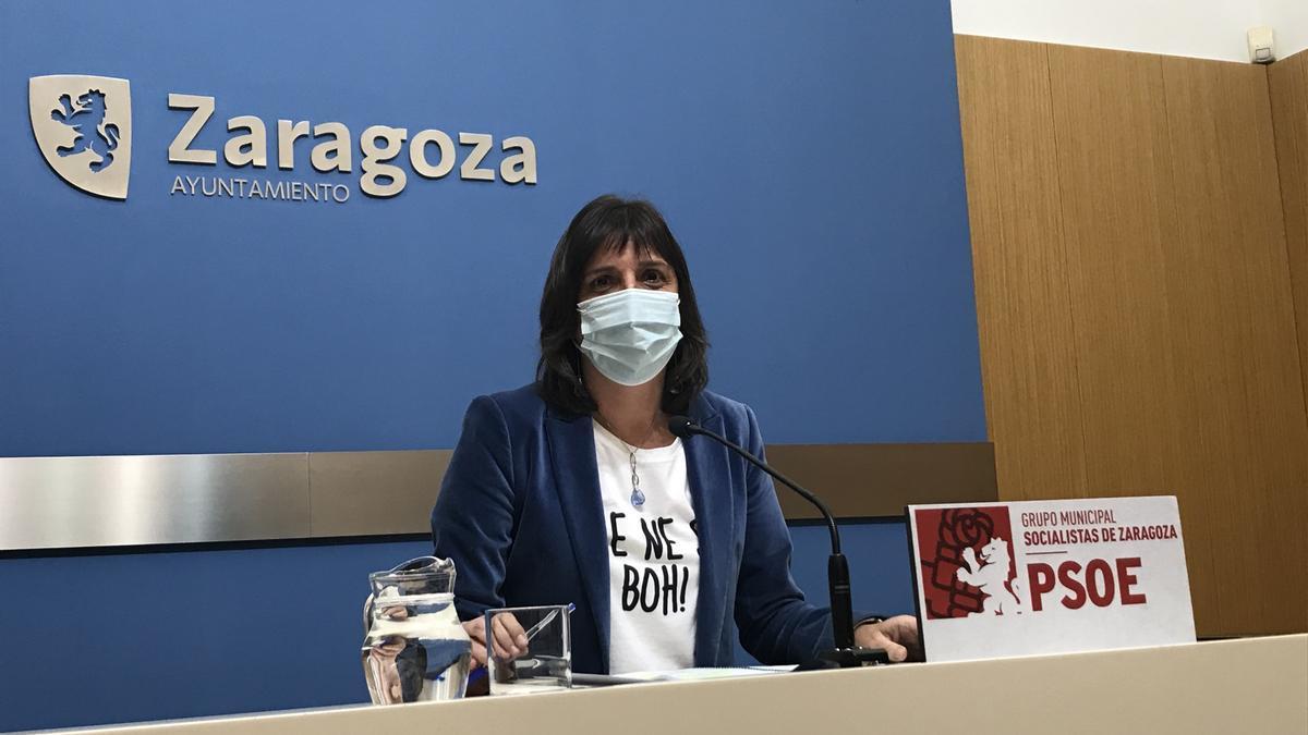 La portavoz del grupo municipal del PSOE en el Ayuntamiento de Zaragoza, Lola Ranera