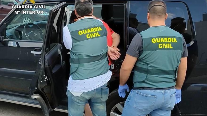 Detenido en Almería por una estafa de más de 140.000 euros en cítricos a empresarios de la Vega Baja