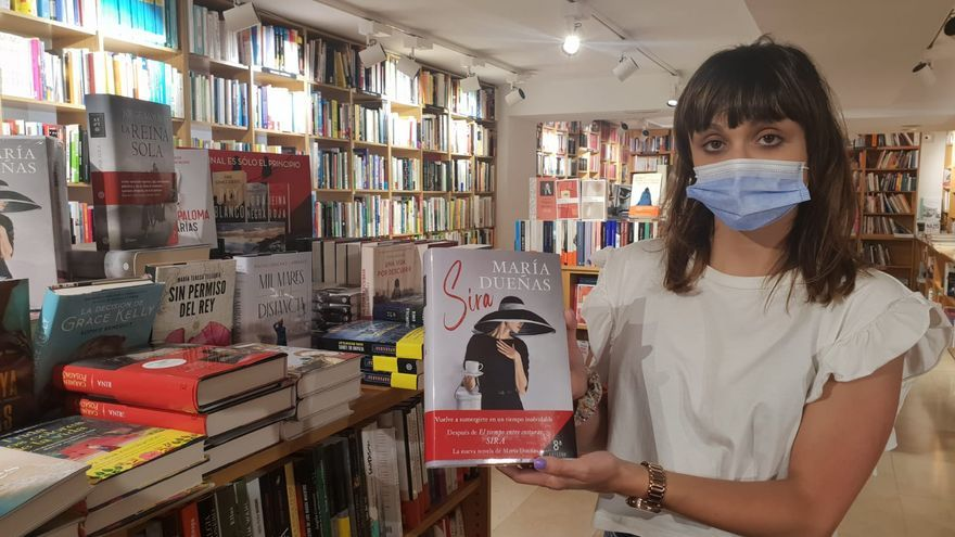 Los libros de bolsillo vuelan en el verano asturiano