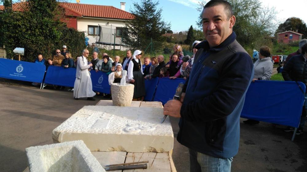 Poreñu celebra el Pueblo Ejemplar con los Reyes
