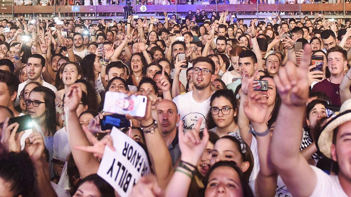 Público en el concierto de Melendi en 2017.   | // QUEIRUGA/ROLLER AGENCIA