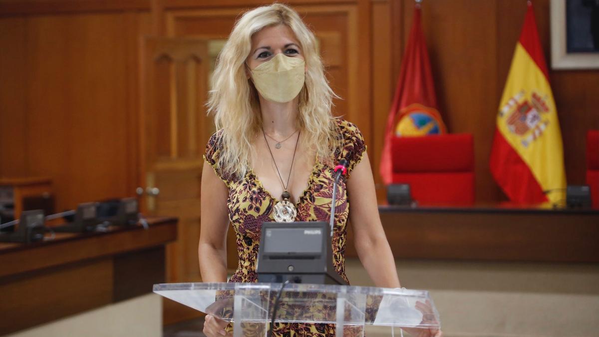 La delegada de Transformación Digital en el Ayuntamiento, Lourdes Morales, durante la rueda de prensa.
